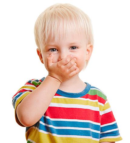 Запущенный бутылочный кариес опасен еще и тем, что у ребенка с постоянно гнилыми зубами может сформироваться на всю жизнь комплекс неполноценности...