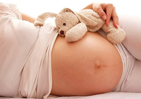 Беременным женщинам прием таблеток Кетанов категорически запрещен.