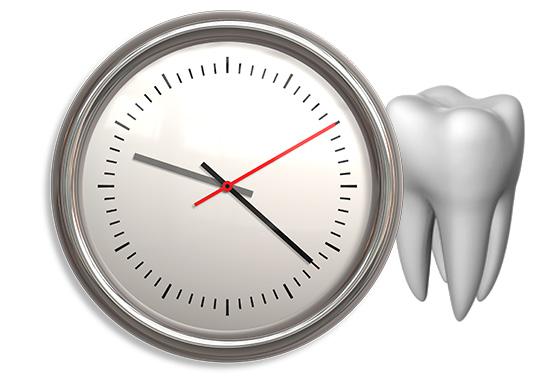 Если боль в зубе после лечения сохраняется слишком долго или очень сильная, то не стоит терять время - лучше сразу записаться на повторный прием к врачу.