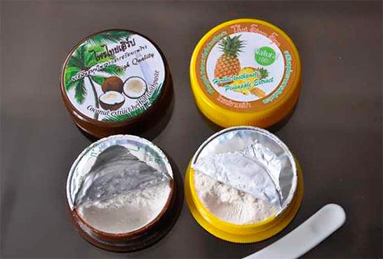 Следует иметь в виду, что целебное действие многих ингредиентов, входящих в состав тайских зубных паст, научно не подтверждено.