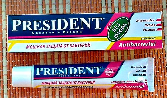 Кроме того, есть специальная зубная паста для максимальной защиты от бактерий - Президент Antibacterial