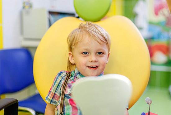 Врач-ортодонт при осмотре ребенка оценивает далеко не только прикус и состояние полости рта...