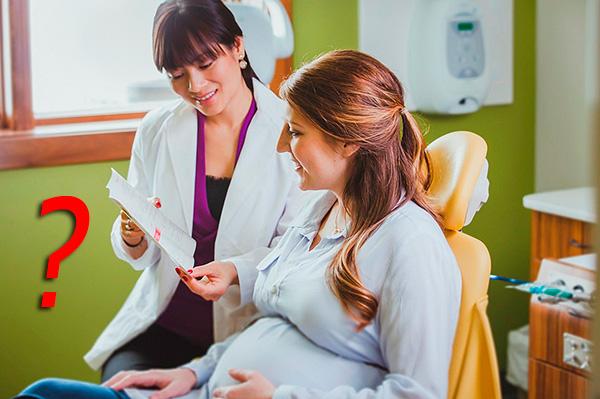 В большинстве случаев при беременности лучше повременить с установкой зубных имплантантов.