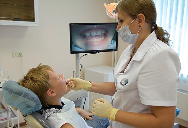 Для лучшего понимания причин формирования аномалии прикуса врач-ортодонт может использовать различные методы диагностики, одним из которых является проба Эшлера-Битнера...